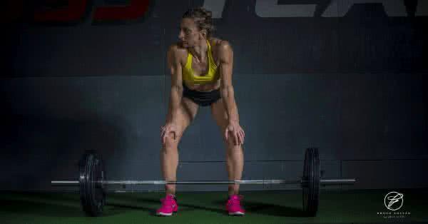 Nem a fogyás a fő cél, sőt, egy idő után nem is nagyon törődnek a kilókkal, mert a megfelelő testsúly csak alapfeltétel, és elsodorja őket az edzésszenvedély.