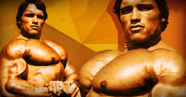 Umple-ți cu mușchi partea superioară a pieptului