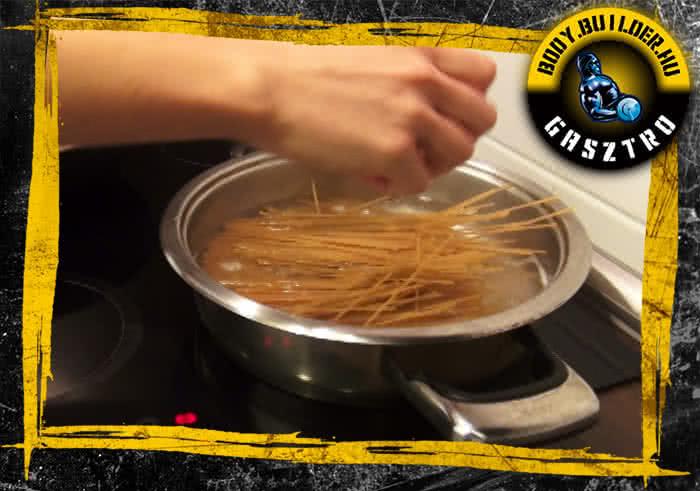 Brokkolis-szezámmagos csirkecsíkok elkészítés - III. lépés