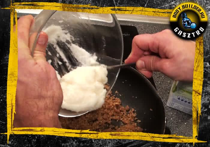 Diós süti elkészítés - VIII. lépés