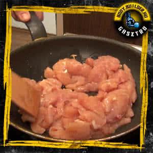 Paradicsomos csirkemell kockák - elkészítés II. lépés