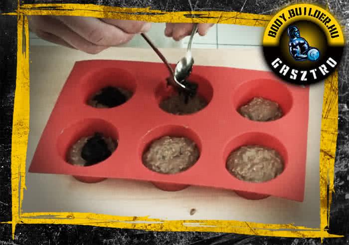 A lekvárral töltött proteines muffin elkészítése
