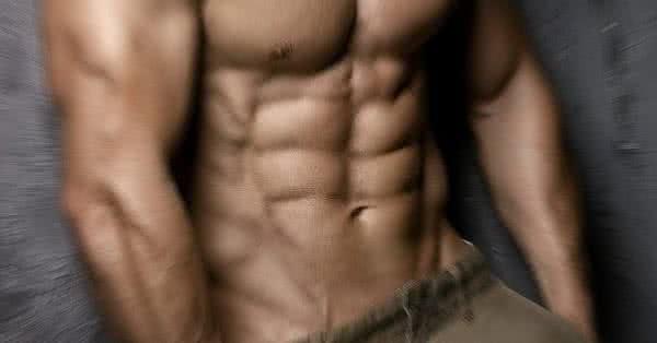 Gondolj csak bele, mi is kell a kockahas eléréséhez? Jó étrend és megfelelő edzés.