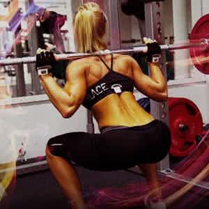 Női edzés, női tömegnövelés, guggolás, női guggolás