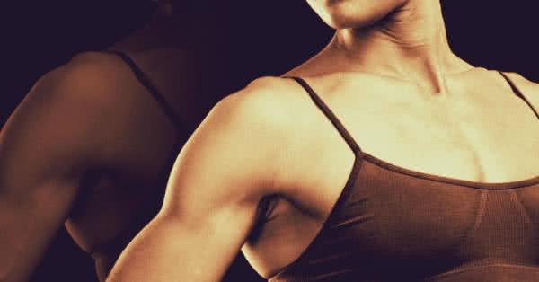 Ezt az edzésnapot a mellizom edzésétől a lehető legtávolabbi napon végezzük a héten.