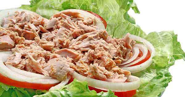 Ideális diétás vacsora lehet a tonhalsaláta