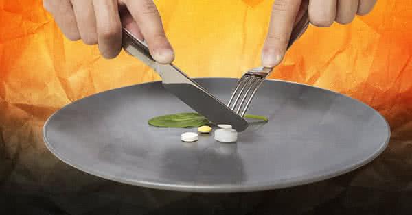 Ha a tisztán étkezés és az étrend betartása megy, akkor célszerű elgondolkodni a zsírégetőkön és más táplálék-kiegészítőkön.