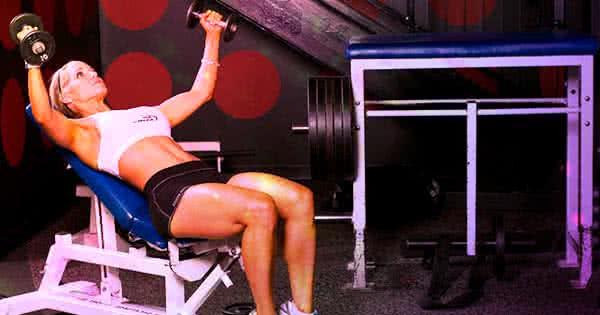 Kezdetben célszerű átmozgató edzésekre törekedni.